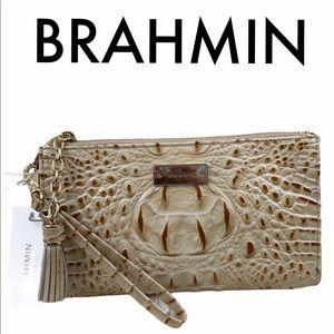 BRAHMIN NWT GOLD TAN LEATHER CLUTCH/ WRISTLET BAG